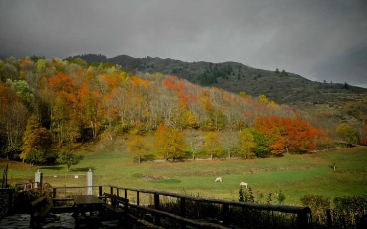 Vista autunnale della Valle Maira